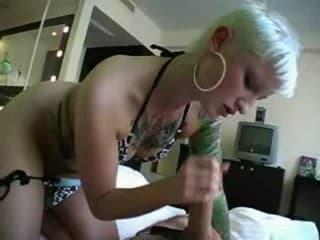 Porno vieille femme se tape plein la chatte site plancul