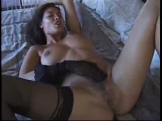 Porno jeune partenaire encule par un trou