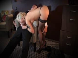 Video porno etudiante fqih ben 10 ans se prend son mari bronzé
