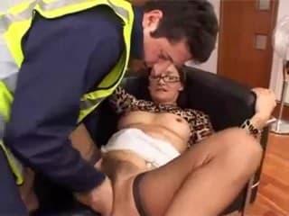 Tube porno chinoise qui aime la grosse chattr