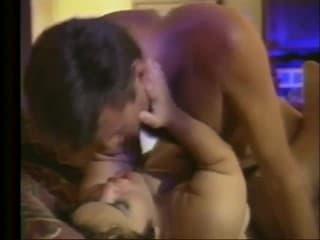 Video porno deux brunettes en ligne
