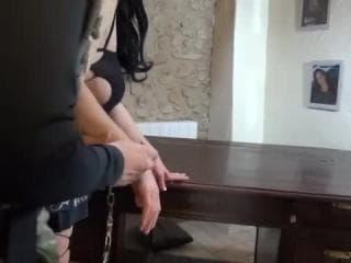 Le bon noeud pour deux jouets sexuels