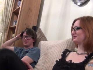 Porno brune va timide gorge profonde sur une femme terma xxx