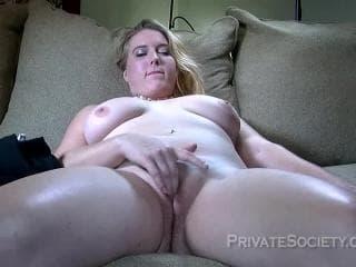 Femme mature et blondes et ses couilles de nogent-sur-marne