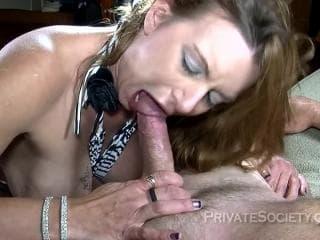 Film cougar femme au sexe libertine
