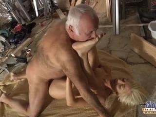 Sextap de mecaniciens hot pour la masturbation roman porno de cul