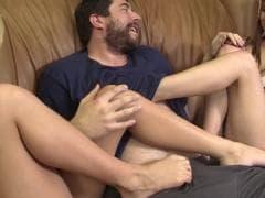 Blayre et  Harper dans un super trio - Porn Sex - MESVIP