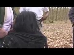 Elle se promène dans les bois - Porno Tube - MESVIP