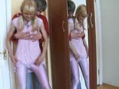 Loly une jolie blonde  - Vídeos Hard - MESVIP