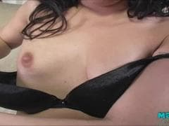 Jesse Jordan, une asiatique  - Porno Tube - MESVIP
