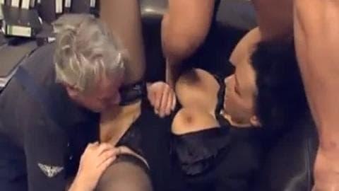 Ma salope de collegue aime la baise a trois ! – Video sur Bo.mp4