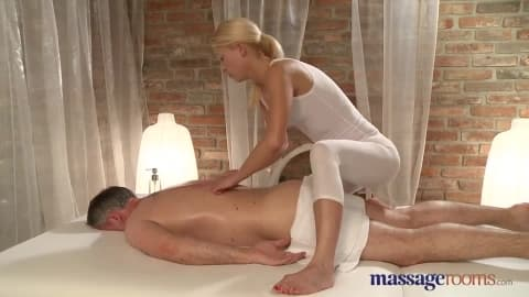 squirting – femme fontaine
