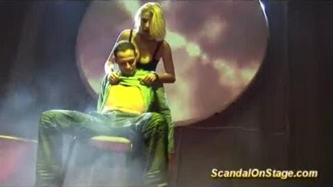 masturbation on show stage