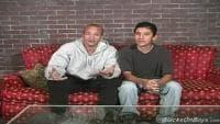 Vidéo X avec deux queues de keums gays en bouche
