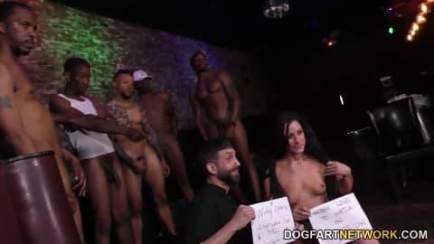 Jennifer White Interracial Gangbang – Cuckold Sessions