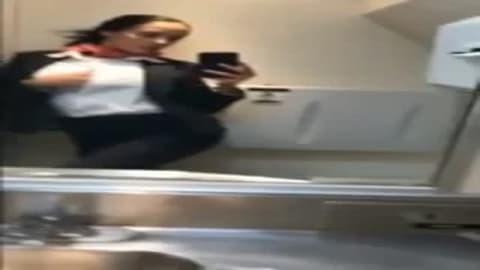 Hotesse De L Air En Chaleur, Free Air Tube Porn Video dd.mp4